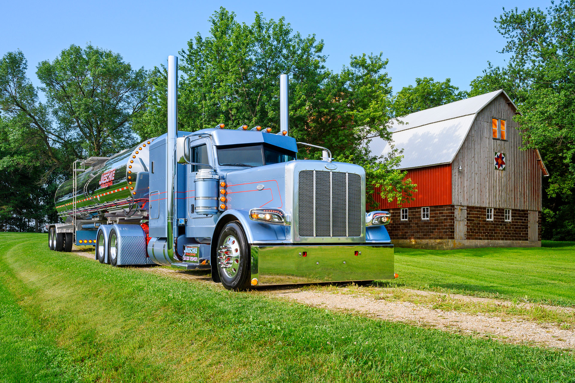 Truck photography. Picture for Shell SuperRigs calendar done by Sonya Messier